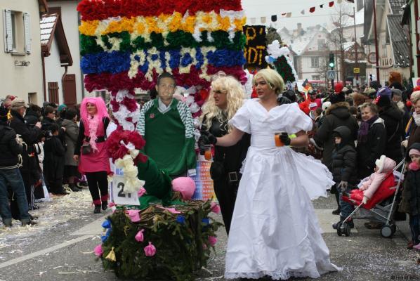 27-gay-rt-pride.jpg